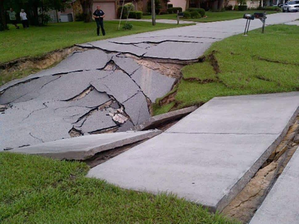Sinkholes And Strange Earth Sounds – What is causing them?