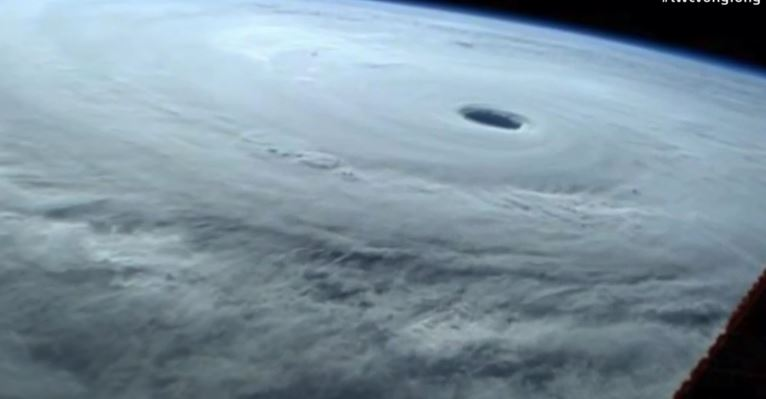 Oct 10, 2014 | Typhoon Vongfong: Dangerous Threat To Okinawa, Kadena Air Base, Japan
