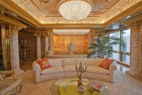 trump-chandelier