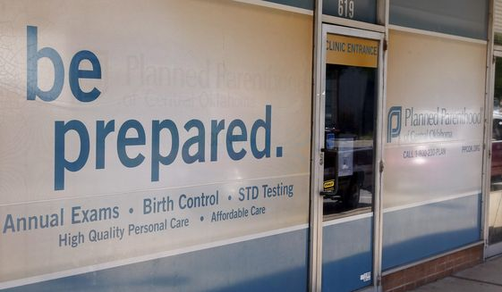 Planned Parenthood kept aborted babies alive to harvest organs, ex-technician says
